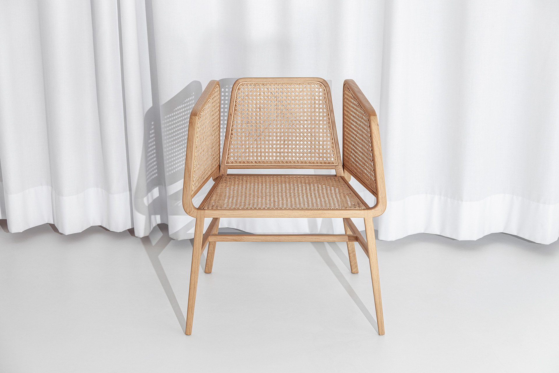 Bee Chair State View - DESIGN BY MIGUEL SOEIRO