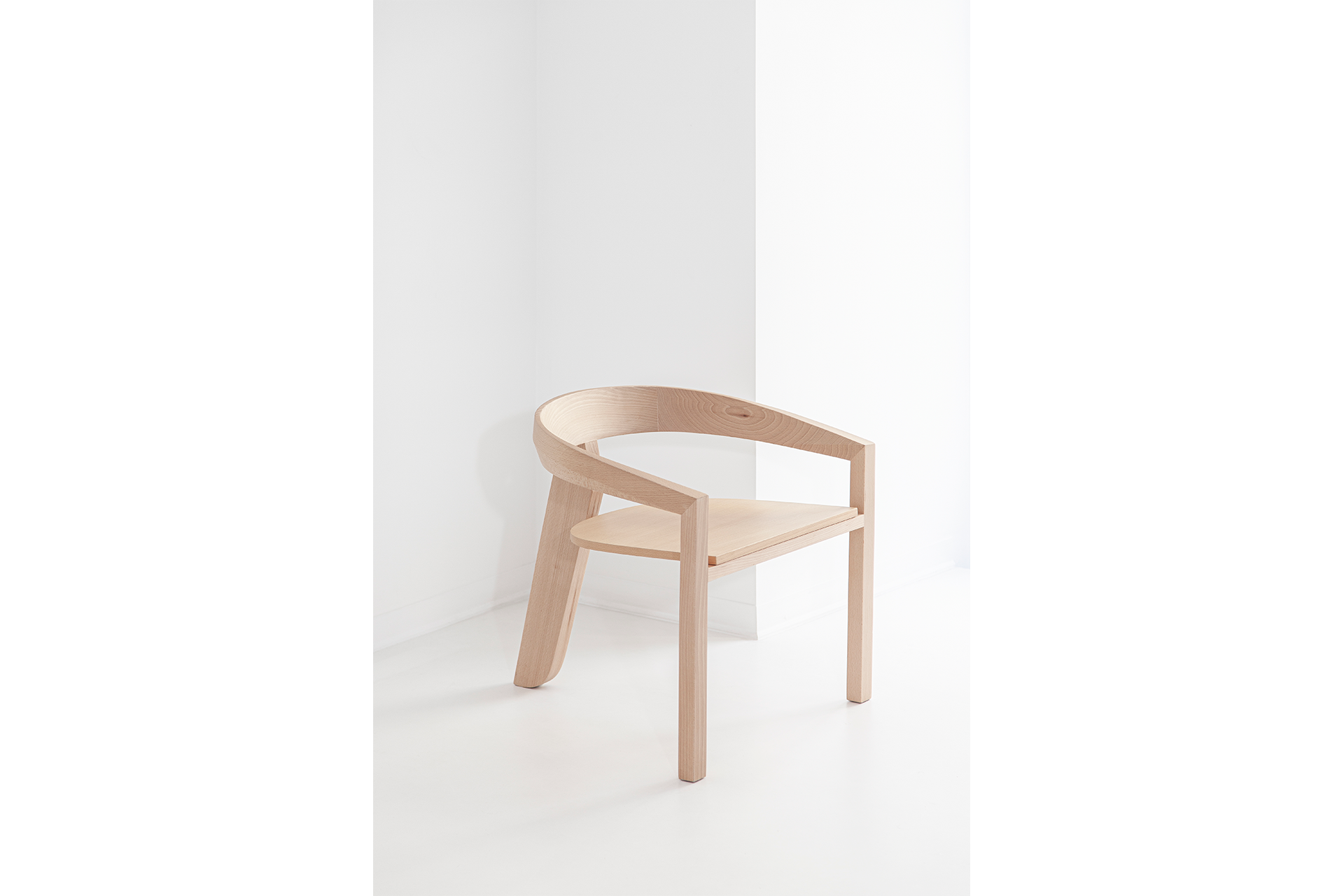 Lounge Chair Side View - DESIGN BY MIGUEL SOEIRO