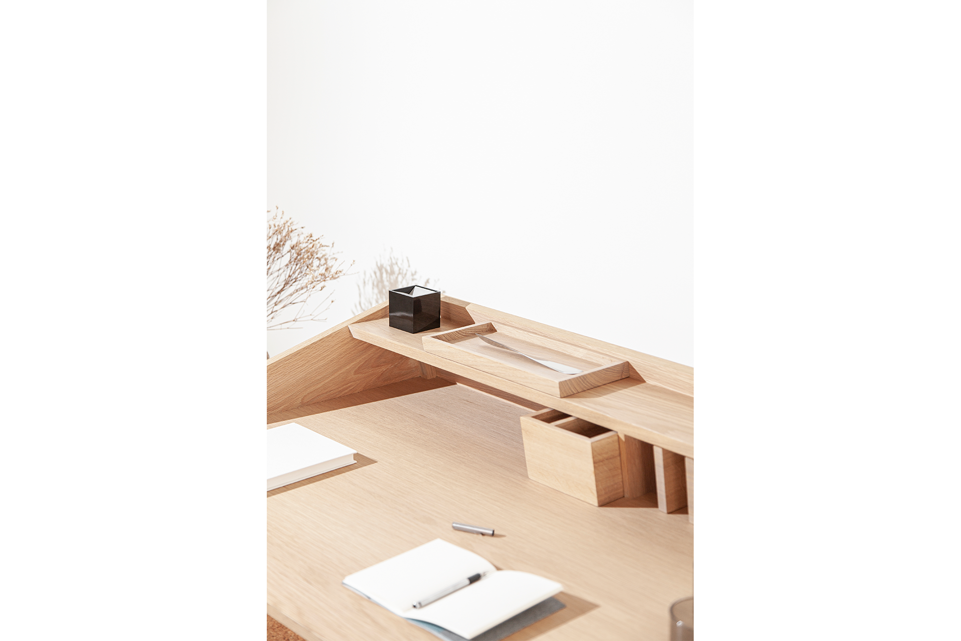 Torta Desk- DESIGN BY MIGUEL SOEIRO